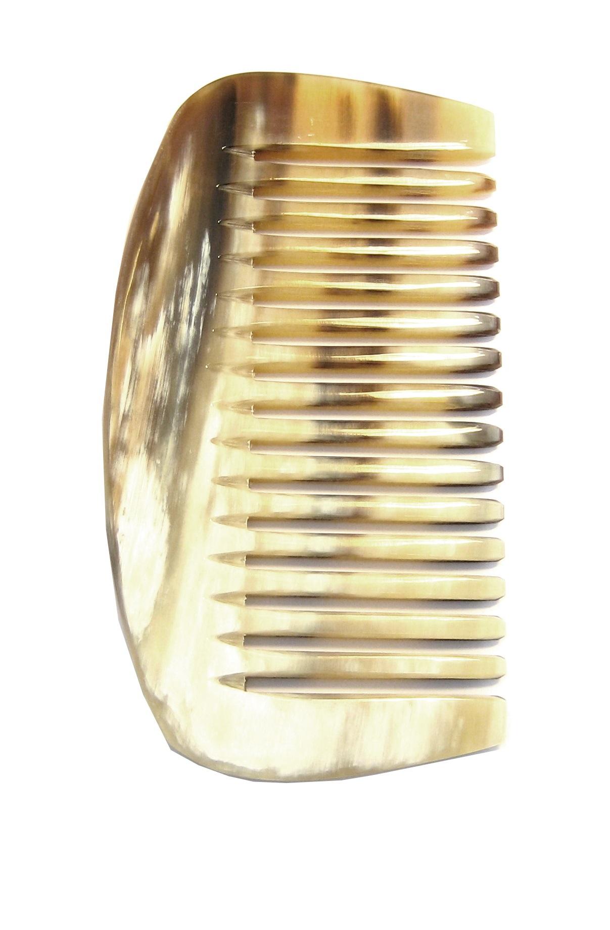 Golddachs Afrokamm aus handgesägtem Horn